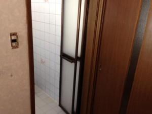 既存 浴室 出入り口