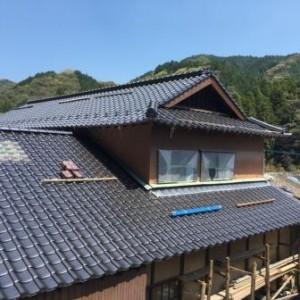 西側 屋根